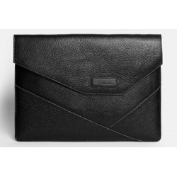 ISSA HARA MacBook 13 Black
