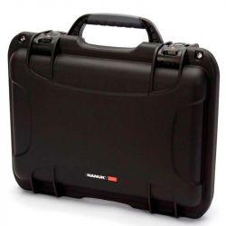 Nanuk 923 (Black) with Laptop Kit and Strap